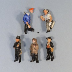 ALLEMAGNE LOT DE 5 MEDAILLES INSIGNES DE JOURNEES FIGURINES EN PORCELAINE