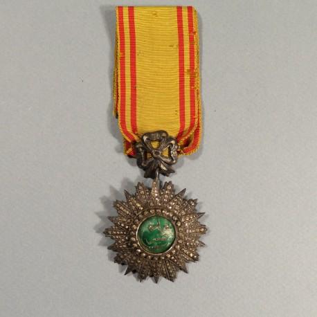 MEDAILLE DE CHEVALIER DE L'ORDRE TUNISIEN DU NICHAN IFTIKHAR MUHAMMAD EL NACEUR 1906-1922