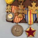 PLACARD DE 7 MEDAILLES D'UN ANCIEN DU CORPS EXPEDITIONNAIRE EN ITALIE 1944 LIBERATION ET AFRIQUE DU NORD