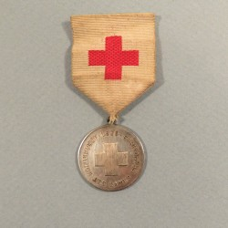 MEDAILLE DE LA CROIX ROUGE ADF ASSOCIATION DES DAMES DE FRANCE 1879 INFIRMIERE CRF