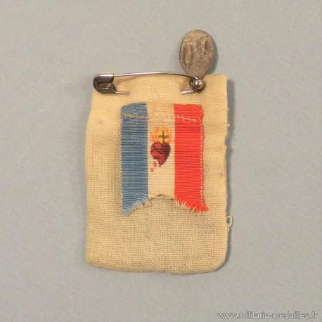 PETIT SAC PORTE BONHEUR RELIGIEUX SACRE COEUR DE JESUS SOLDATS 1914 1918