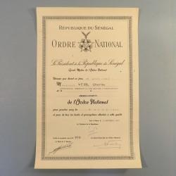 SENEGAL DIPLOME DE LA MEDAILLE DE COMMANDEUR DE L'ORDRE NATIONAL SENEGALAIS ATTRIBUE A UN CONTRE-AMIRAL EN 1962 °