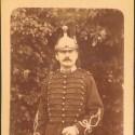 PHOTO CARTONNEE D'UN LIEUTENANT DU 16 ème REGIMENT DE DRAGONS VERS 1900