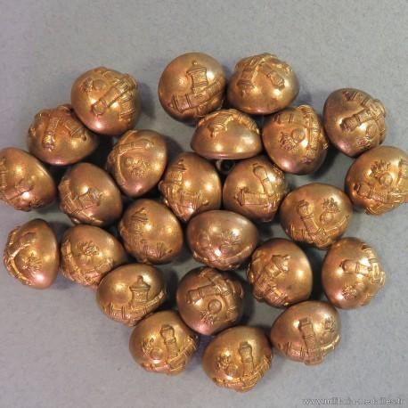 BOUTONS MILITAIRES ARTILLERIE DIAMETRE 1.6 cm EPOQUE 1870-1945 B.M.