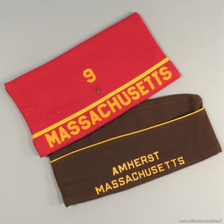 LOT DE 2 CALOTS D'UN VETERAN AMERICAIN DU MASSACHUSETTS DE LA SECONDE GUERRE