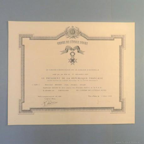 BENIN DIPLOME DE LA MEDAILLE DE CHEVALIER DE L'ORDRE DE L'ETOILE NOIRE ATTRIBUE EN 1958 °