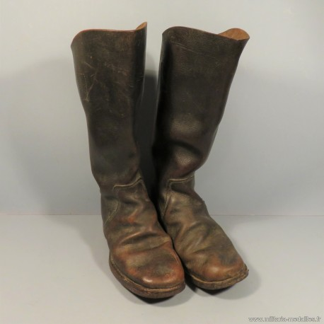 BOTTES DE SAPEURS-POMPIERS ANGLAIS FABRICATION TEBBUTT & HALL BROS Ltd RAUNDS DATEES 1943 MILITARIA UK WW2