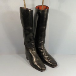 TRES BELLE PAIRE DE BOTTES D'OFFICIER ALLEMAND FABRICATION LUCH OEYNHAUSEN 1940-1950 POINTURE 43