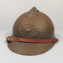 CASQUE ADRIAN MODELE 1915 AVIATION AVEC INSIGNE AVIATION MODELE 1923