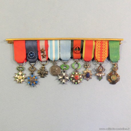 BARRETTE DE 9 REDUCTIONS D'UN ANCIEN OFFICIER OU ADMINISTRATEUR DES COLONIESLIBAN CEDRE CAMBOGE SOWATHARA MILLION D'ELEPHANS °