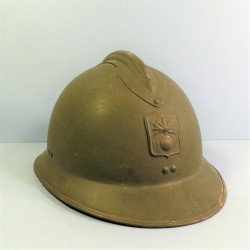 CASQUE DANS SON JUS DEFENSE PASSIVE MODELE 1926 INSIGNE DP 1939/1945 TAILLE 59/60