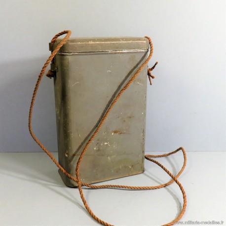 BOITE BLEU HORIZON DE TRANSPORT DE MASQUE A GAZ TYPE M2 GUERRE 1914 198