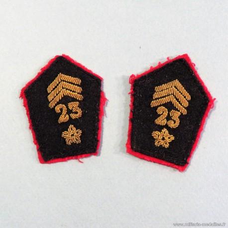 PAIRE DE PATTES DE COL D'OFFICIER DU 23 ème REGIMENT DE SPAHIS MAROCAINS 1924 1958 DISSOUS EN 1962