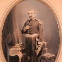 GRAND CADRE PHOTO DU GENERAL DE BRIGADE EDMOND JOSEPH COMTE DE VAUBAN 1805 - 1871 PHOTO VERS 1870