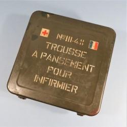CAISSE EN FER TROUSSE A PANSEMENTS POUR INFIRMIER MODELE III/48 1ère URGENCE SECOURS TAP INDOCHINE ALGERIE