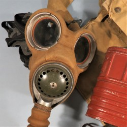 MASQUE A GAZ ANGLAIS WW2 DATE 1938 - 1940 MUSETTE MASQUE CARTOUCHE GAZ MASK MKIII DUNKERQUE