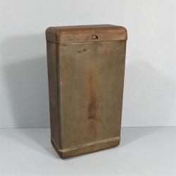 BOITE METALIQUE DE TRANSPORT BOITE A VIVRES MODELE 1918 UTILISEE PENDANT LES DEUX GUERRES