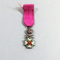 BELGIQUE REDUCTION DE LA MEDAILLE DE CHEVALIER DE L'ORDRE DE LEOPOLD Ier A TITRE MILITAIRE