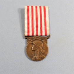 FRANCE MEDAILLE COMMEMORATIVE DE LA GRANDE GUERRE 1914-1918 ANCIENS COMBATTANTS