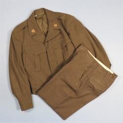 UNIFORME US MODELE 1944 BLOUSON IKE ET SONT PANTALON CAMPAGNE DE FRANCE ET D'ALLEMAGNE 1944 - 1945