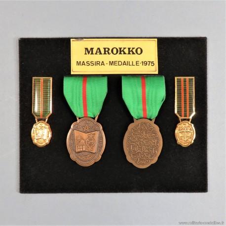 MAROC PLAQUE DE MEDAILLES COMMEMORATIVES DE LA MARCHE VERTE DU 6 AU 9 NOVEMBRE 1975 OUISSAM AL MASSIRA °