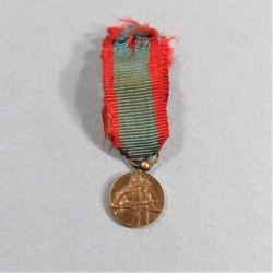 FRANCE REDUCTION DE LA MEDAILLE DE LA BATAILLE D'ARRAS 1914-1918 CAMPAGNES DE LA GRANDE GUERRE °