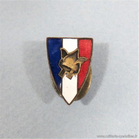INSIGNE OU BOUTONNIERE PATRIOTIQUE DE LA LEGION FRANCAISE DES COMBATTANTS DU MARECHAL PETAIN GVT DE VICHY FAB. A. SAUZET