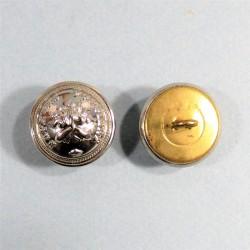 BOUTON SAPEURS POMPIERS DEMI-GRELOT AU BUCHER COULEUR ARGENT DIAMETRE 2.1 cm NEUF FABRICATION ACTUELLE