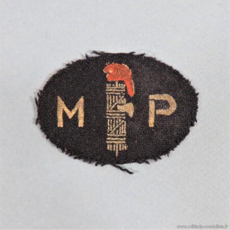 INSIGNE TISSU DE LA MILICE PATRIOTIQUE COMMUNISTE MOUVEMENT POLITIQUE ET DE RESISTANCE 1940-1944