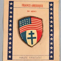 INSIGNE TISSU PATRIOTIQUE DRAPEAUX AMERICAIN ET FORCES FRANCAISES LIBRES FABRICATION MONBLASON LIBERATION 1945